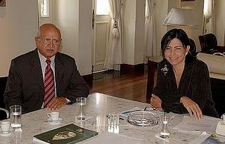 O prefeito Nenzim já com prisão decretada visita a aliada Roseana Sarney
