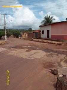 Saída de uma estrada estadual, bem perto da casa de pelo menos quatro 'autoridades' da cidade