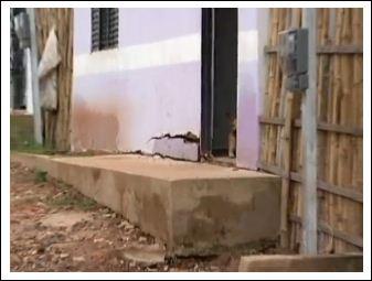 Casas 'novas' com rachaduras em Trizidela do Vale